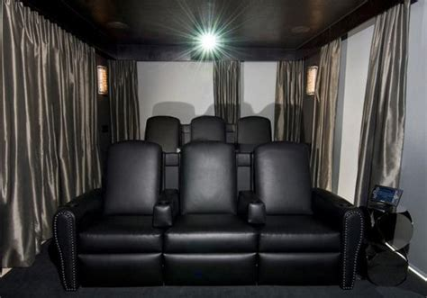 Small Home Theater Seating Small Home Theaters Home Theater Ideas For Small Rooms