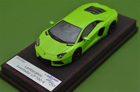 1 64 Lamborghini Aventador Lp 700 4 Green Die Cast Model Car aventador lp700 4 lamborghini collection