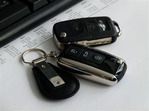 Auto Versicherung Fremder Fahrer by Recht H 228 Ndler Haftet Nicht F 252 R Geklaute Autoschl 252 Ssel