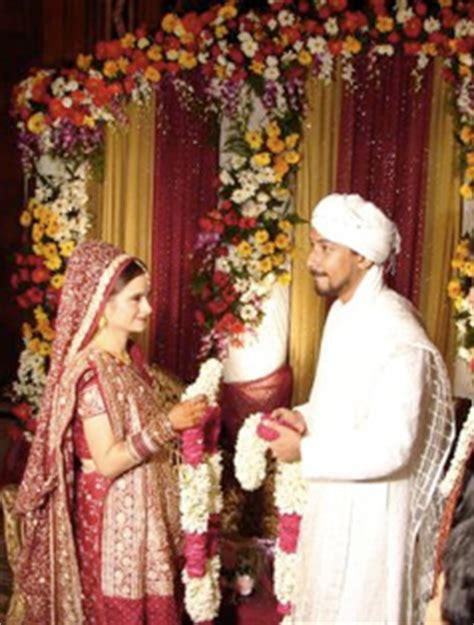hindu wedding traditions bravobride