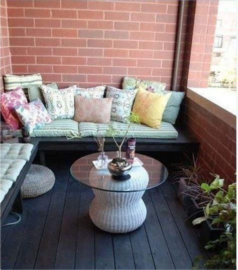 ideen für balkongestaltung balkon sofa idee