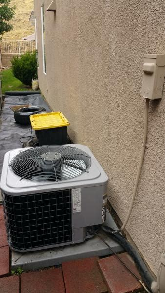 ac unit fan not spinning 1 year old ac unit fan and compressor not turning on