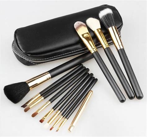 Makeup Brush Set Mac m 183 a 183 c essentials brushes mac cosmetics 12 make up