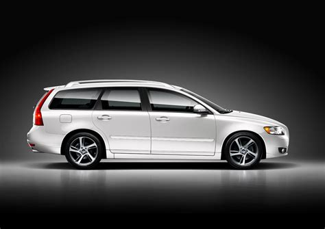 how cars work for dummies 2011 volvo v50 interior lighting 2011 volvo v50 information and photos momentcar