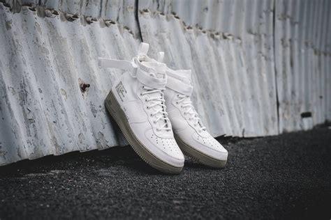 Sepatu Nike Air 1 Special Field Mid White Premium Quality the nike special field air 1 mid ivory is dropping soon kicksonfire