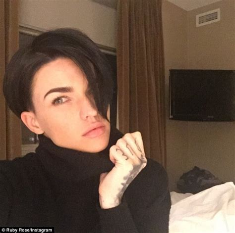 how to get ruby rose haircut ruby rose debuts new hairstyle as she prepares for orange