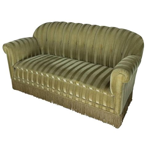 1930s couch 1930s mohair sofa at 1stdibs