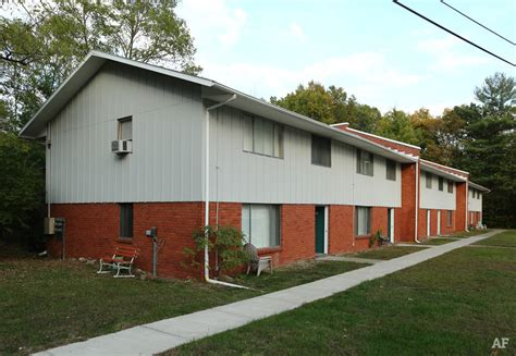 2 bedroom apartments for rent in kingston ny skytop village apartments kingston ny apartment finder
