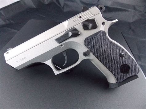 tristar  compact mm pistol review usa carry