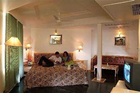 comfort inn president comfort inn president hotel ahmedabad indian holiday