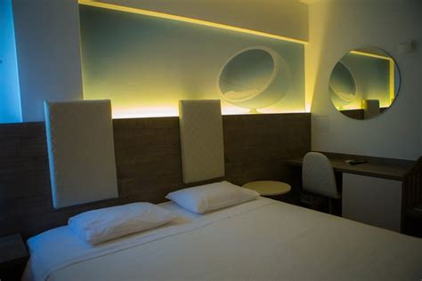 salon hewan terdekat metropolitan hotel thessaloniki yunani review hotel