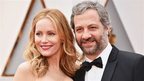 leslie mann monologue judd apatow and leslie mann celebrate 20 years of marriage