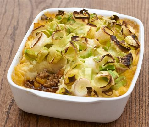 Delia Cottage Pie Recipe by Delia Smith Vs Heston Blumenthal As Waitrose End Their