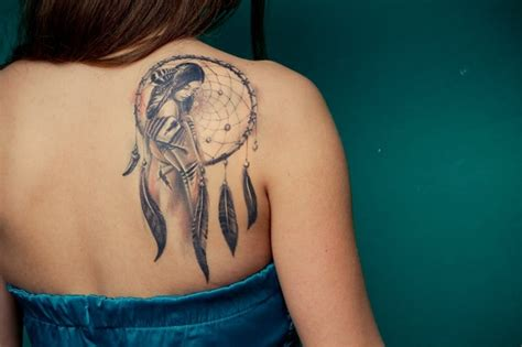 what does a tattoo on your right shoulder mean dreamcatcher tattoo on right back shoulder
