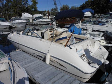 stingray deck boat stingray 220dds deck boat bowrider 2002 for sale for