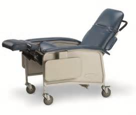 Adaptel invacare clinical recliner