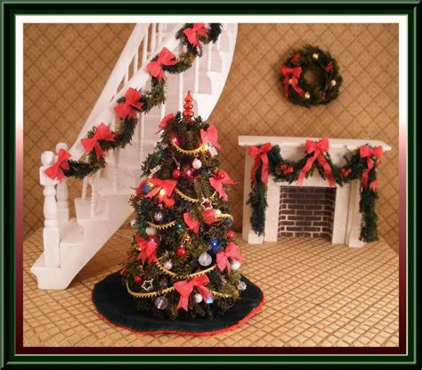 doll house christmas decorations miniature dollhouse christmas wreath w red ribbon 30 00 dollhouse linens and