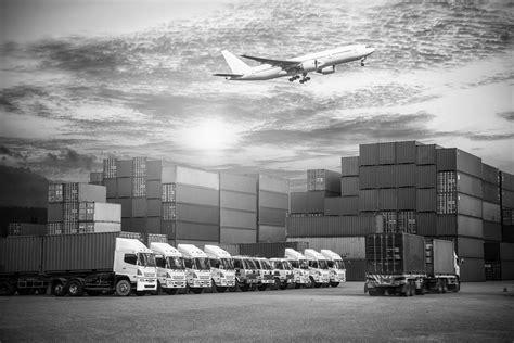 international freight forwarding tuvia italia