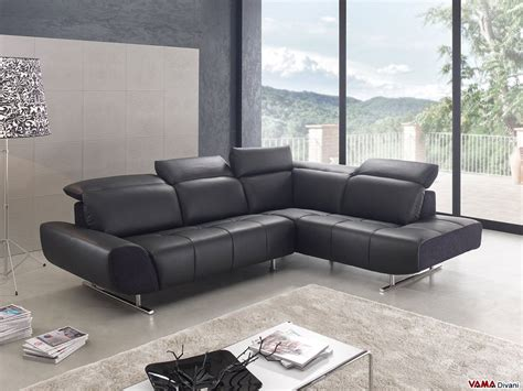 divano pelle angolare divano angolare moderno in pelle nera con poggiatesta