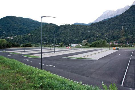 illuminazione arredo urbano parcheggio agordo bl arredo urbano e illuminotecnica