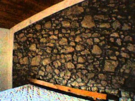 in pietra e legno la casetta di pietra e legno