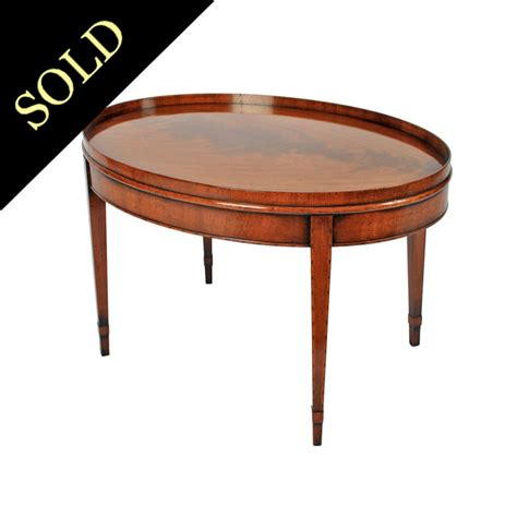 antique style coffe table mahogany coffee table
