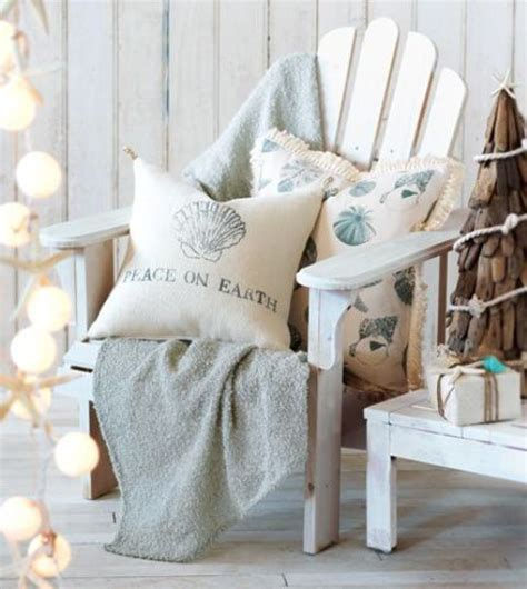 beach inspired home decor 32 beach christmas d 233 cor ideas digsdigs