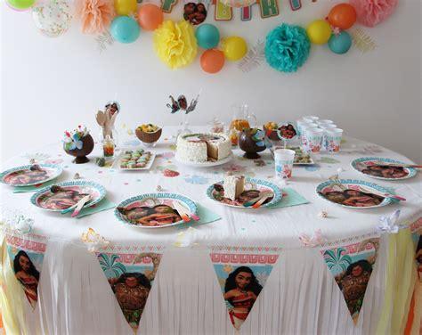 decoration fete anniversaire deco anniversaire vaiana