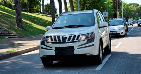 mahindra xuv 500 mahindra xuv 500 cars prices wallpaper specs review