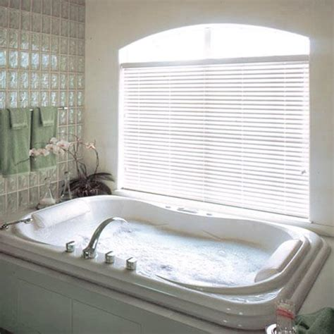 how to clean blinds in bathtub bathroom shades 2017 grasscloth wallpaper