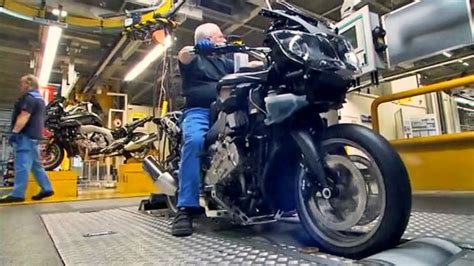Motorrad Spiegel Tüv by Wie Entsteht Ein Motorrad Spiegel Tv