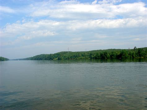 lake nc real estate lakefront waterside community at lake rhodhiss carolina nc lakefront real estate for sale