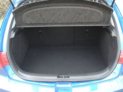 mazda 3 2008 accessories mazda 3 hatchback 2004 2008 features equipment and
