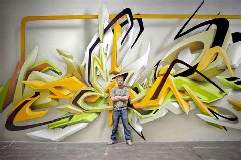 daims  graffiti displayed  street  museum walls