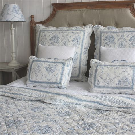 toile bedspreads and coverlets biggie best our room biggie best pinterest toile