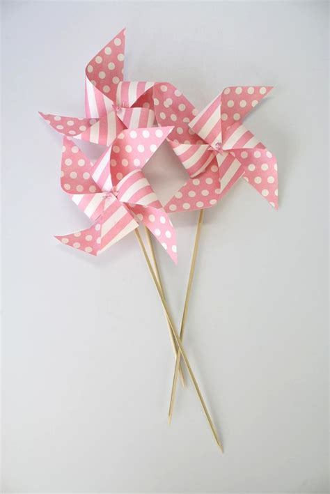Paper Windmills - 1000 images about moinho de papel on set of