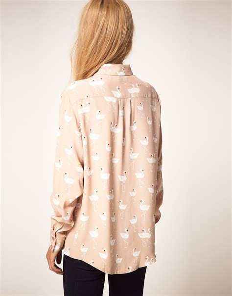 Collection Lany Hem Allea Swan lyst asos collection shirt with swan print in pink