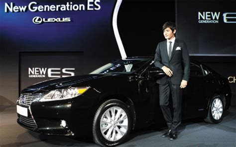 toyota launches new lexus in korea the chosun ilbo