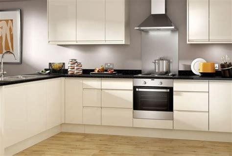 Wickes High Gloss Kitchen by Handle Less Kitchen Wickes Co Uk