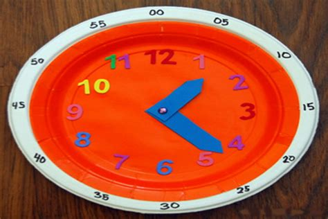 A Paper Clock - paper plate clock crafts for pbs parents