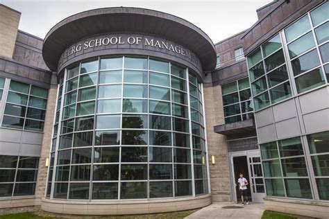 Umass Isenberg Mba Time by Umass Business School Expansion Bolstered By Donations