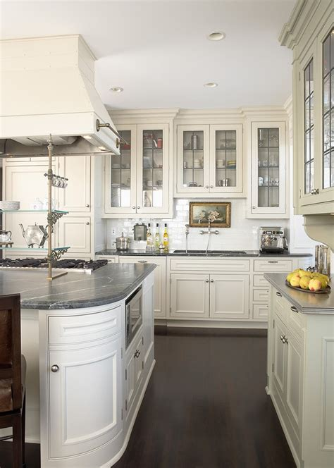 leaded glass cabinet  recessed lighting front cabinets