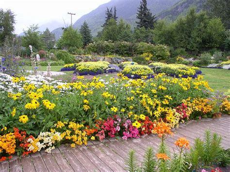 Front Yard Flower Garden Front Yard Flower Garden Skagway Alaska Pixdaus