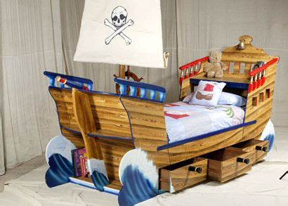 pirate bedroom furniture childrens bedroom furniture design and pirates on pinterest