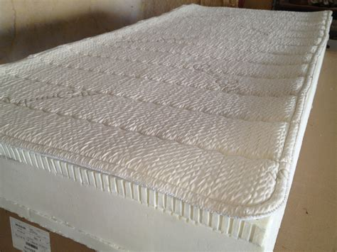 latex bed natural organic 100 pure talalay latex mattress showrooms