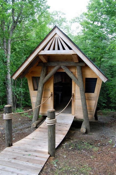 cool dog houses to build 25 best ideas about cool dog houses on pinterest unique dog beds pet houses and