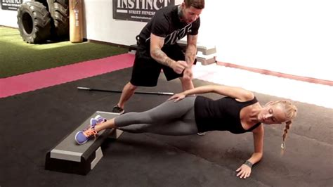 fitness übungen zuhause krafttraining zuhause effektiv trainieren ohne fitnessstudio