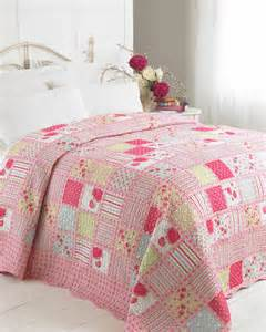 Single Bed Quilted Bedspreads Luxury Patchwork Quilt Free Uk Delivery Terrys