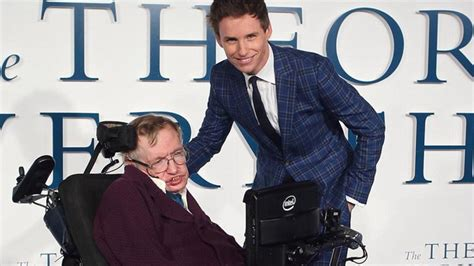 scientist biography movies list stephen hawking felicita al joven actor eddie redmayne por