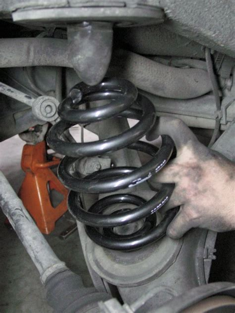 how to change rear coil spring on a 2006 hyundai azera when should you replace your bmw s springs